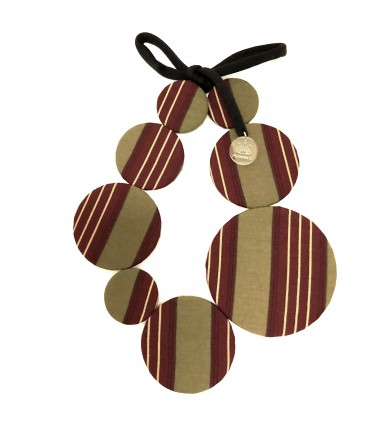 FLOW-ERS necklace with striped motif green pistachio tie on burgundy background