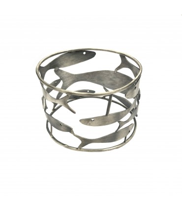 MAJO bangle bracelet in pewter with round of fishes