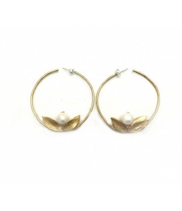 Handmade circle LOTUS GIULIA BARELA earrings with pearl