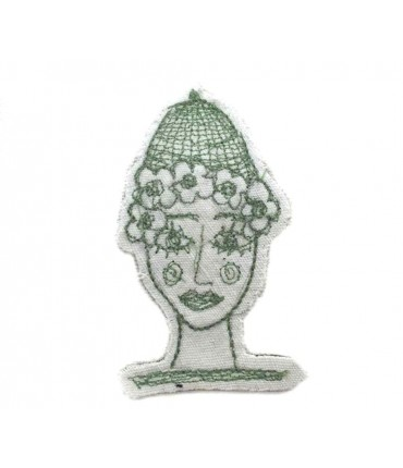 Hand embroidered FRANCESCA NICCHI brooch in cotton with green thread